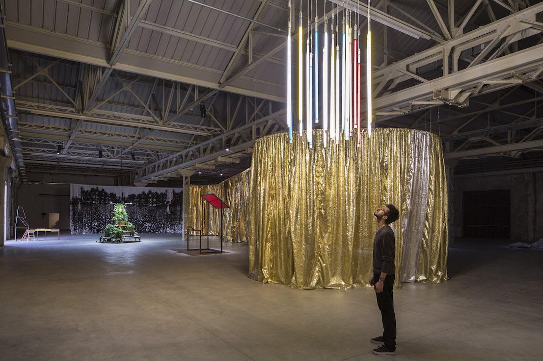 Celine Condorelli, Veduta della mostra bau bau. Courtesy: Fondazione HangarBicocca, Milano. Foto Agostino Osio.