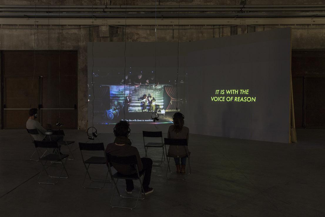 Celine Condorelli, Siamo venuti per dire di No, 2013. Courtesy l'artista, Fondazione HangarBicocca, Milano. Foto Agostino Osio.