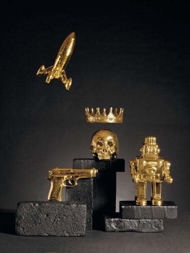 Memorabilia Gold