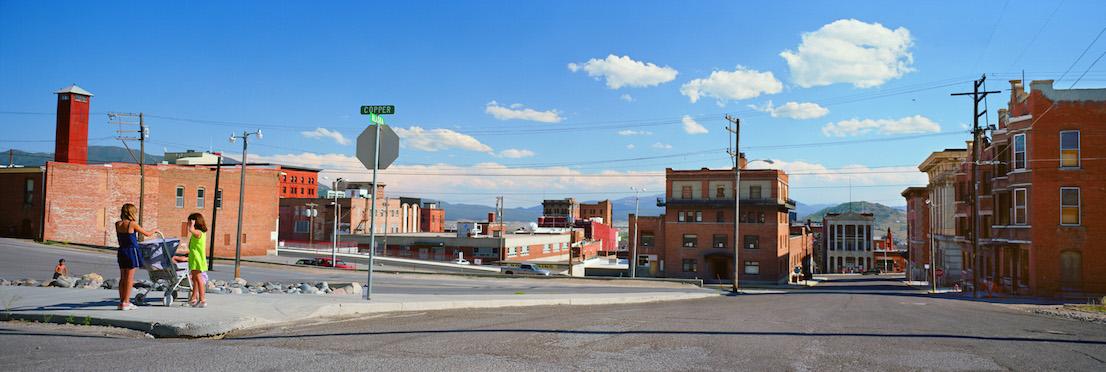 Wim Wenders, Two Girls on Street Corner in Butte Montana, 2003.