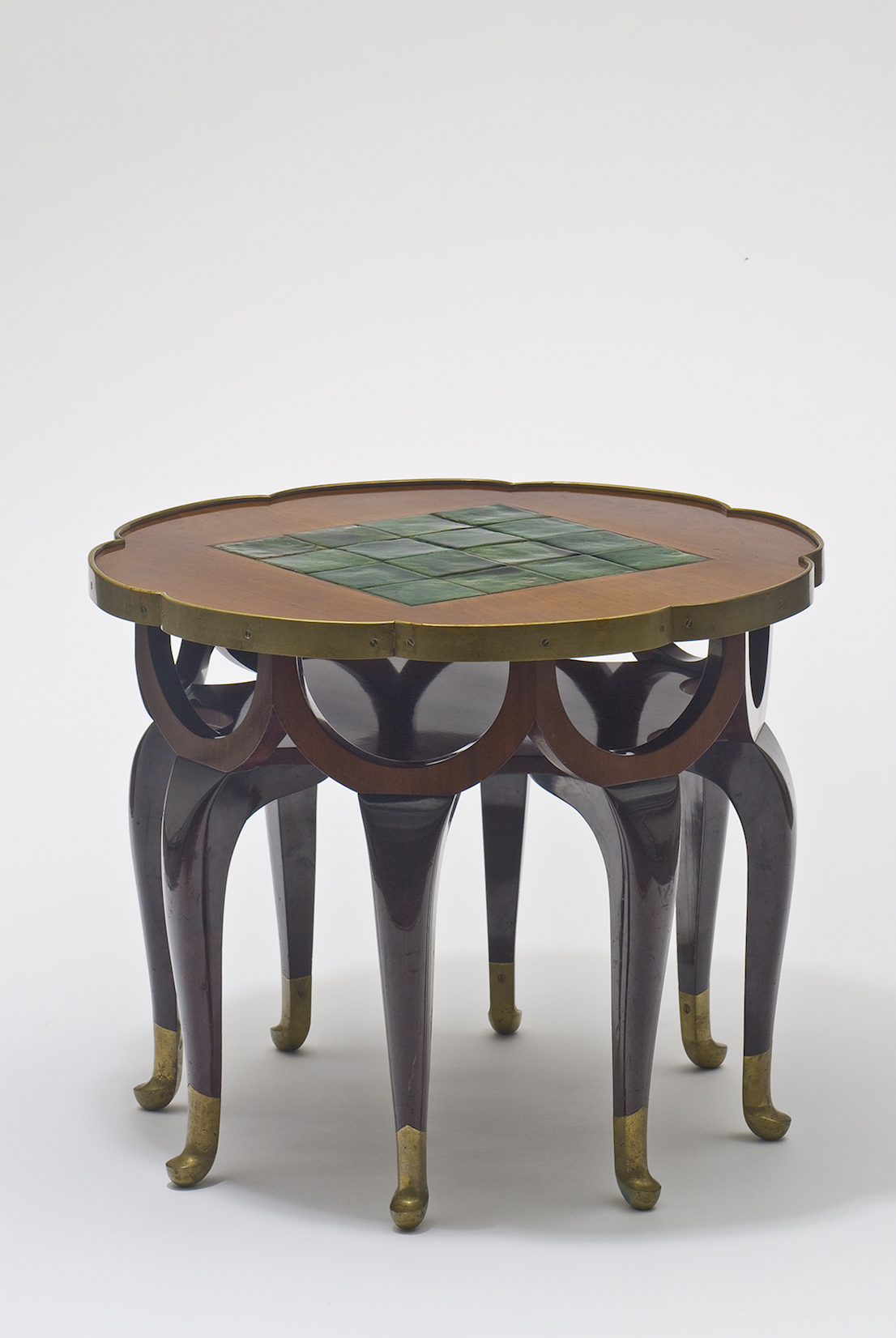 Max Schmidt and foreman Berka table for the Turnowsky apartment decorated by Adolf Loos, 1900 © MAK/Georg Mayer
