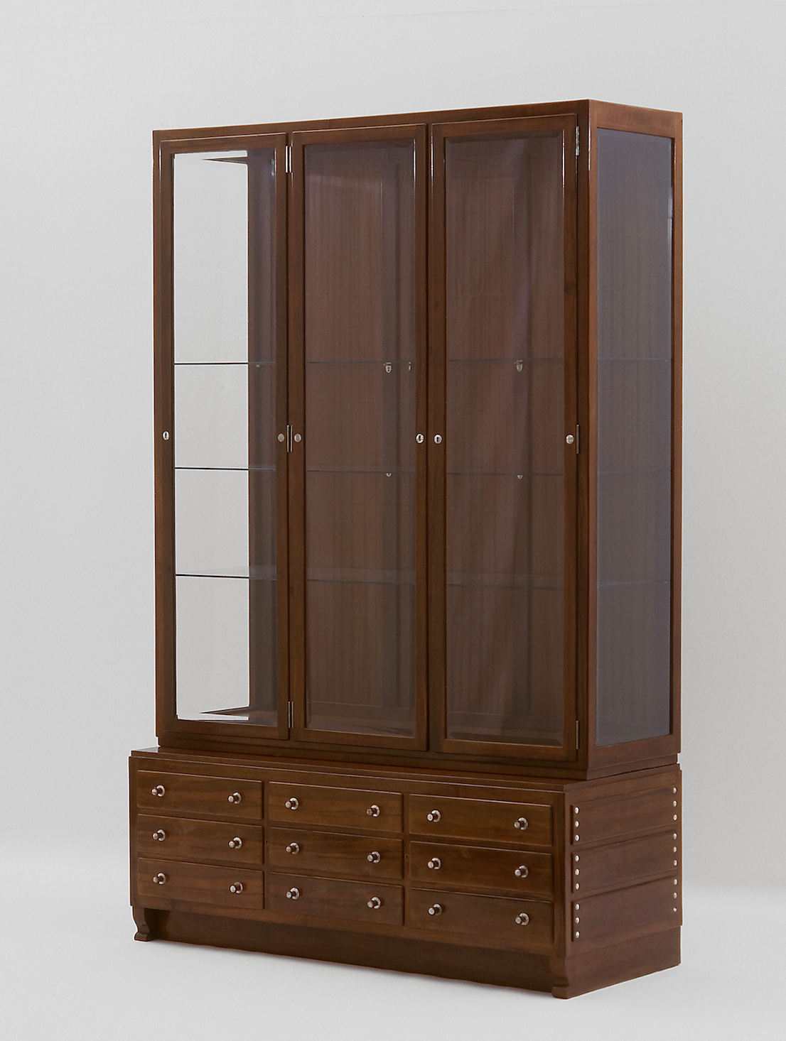 Otto Wagner dining room cabinet for Wagner's apartment on Köstlergasse, 1899 © MAK/Georg Mayer
