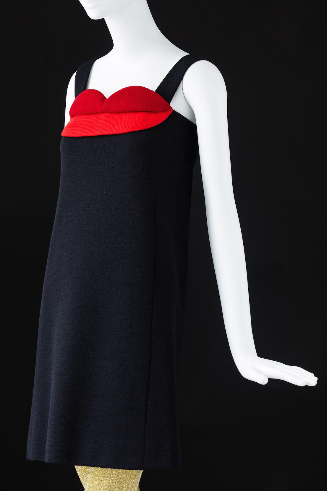 Yves Saint Laurent, Cocktail dress. Fall-Winter 1966. Inspired by Pop Art.