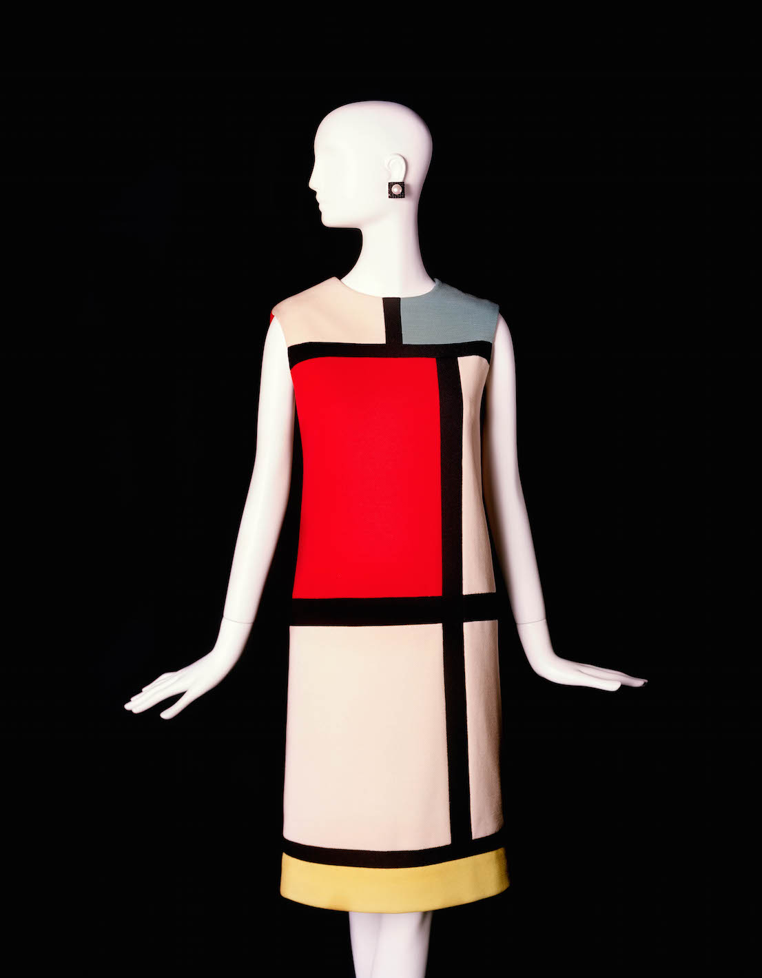 Yves Saint Laurent, short cocktail dress, Fall-Winter 1965. Tribute to Piet Mondrian.