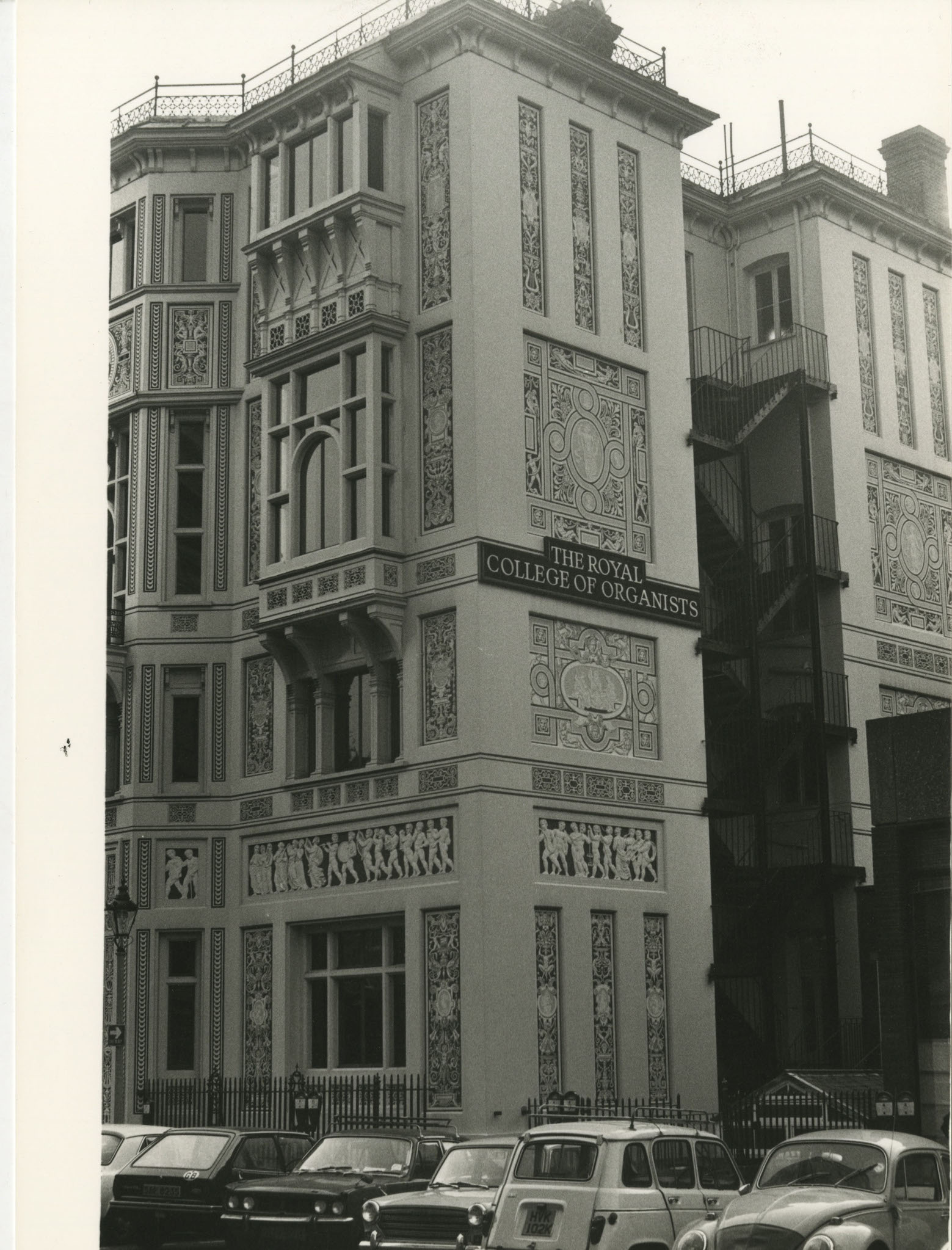 Vico Magistretti, Londra, 1980.