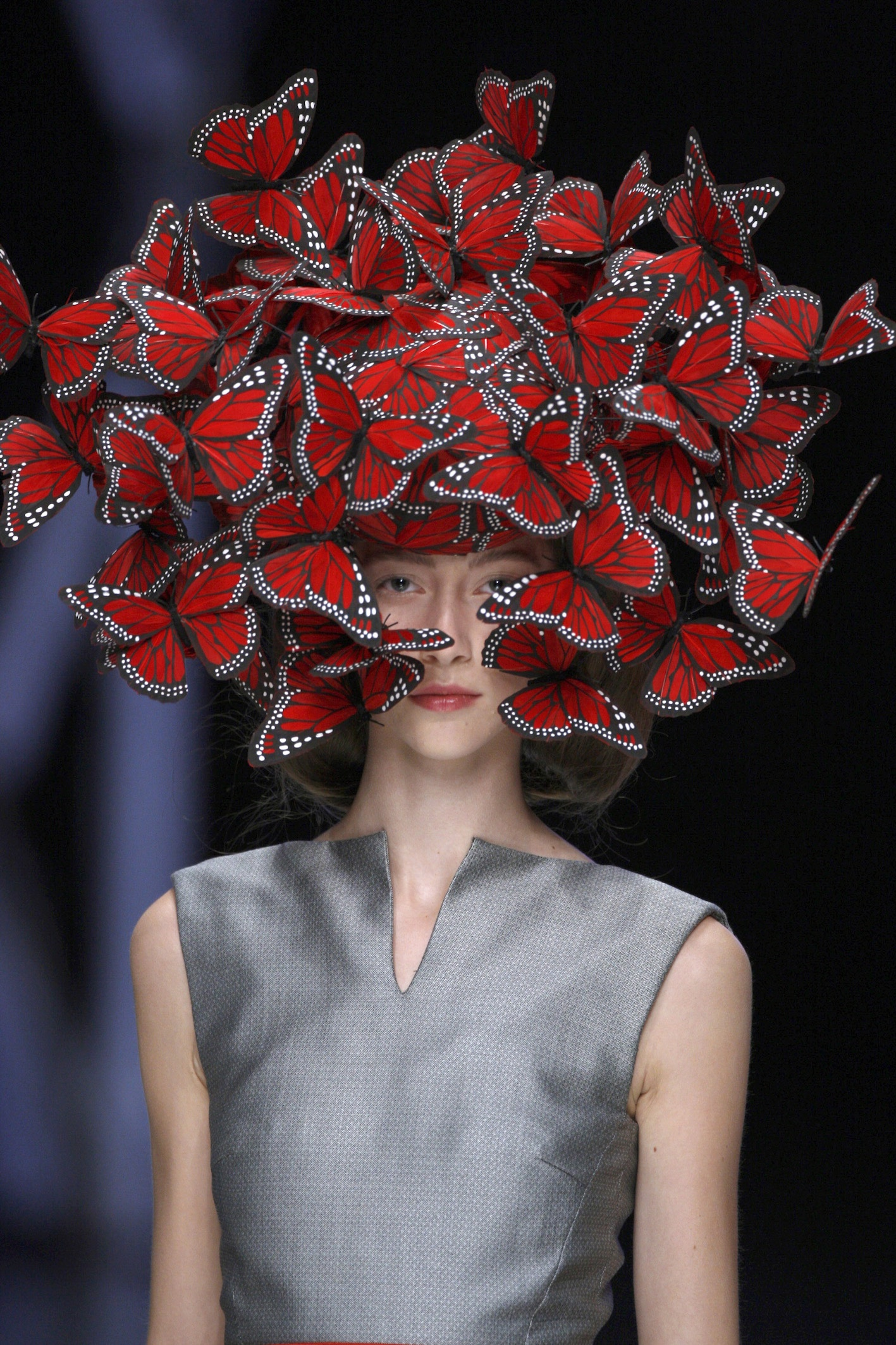 Philip Treacy per/for Alexander McQueen. La Dame Bleue, S/S 2008. Photo: © Anthea Simms.