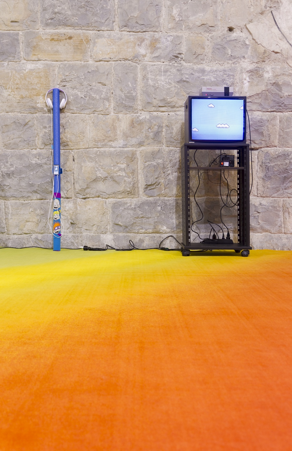 Cory Arcangel, This Is All So Crazy, Everybody Seems So Famous, Gamec, 2015.