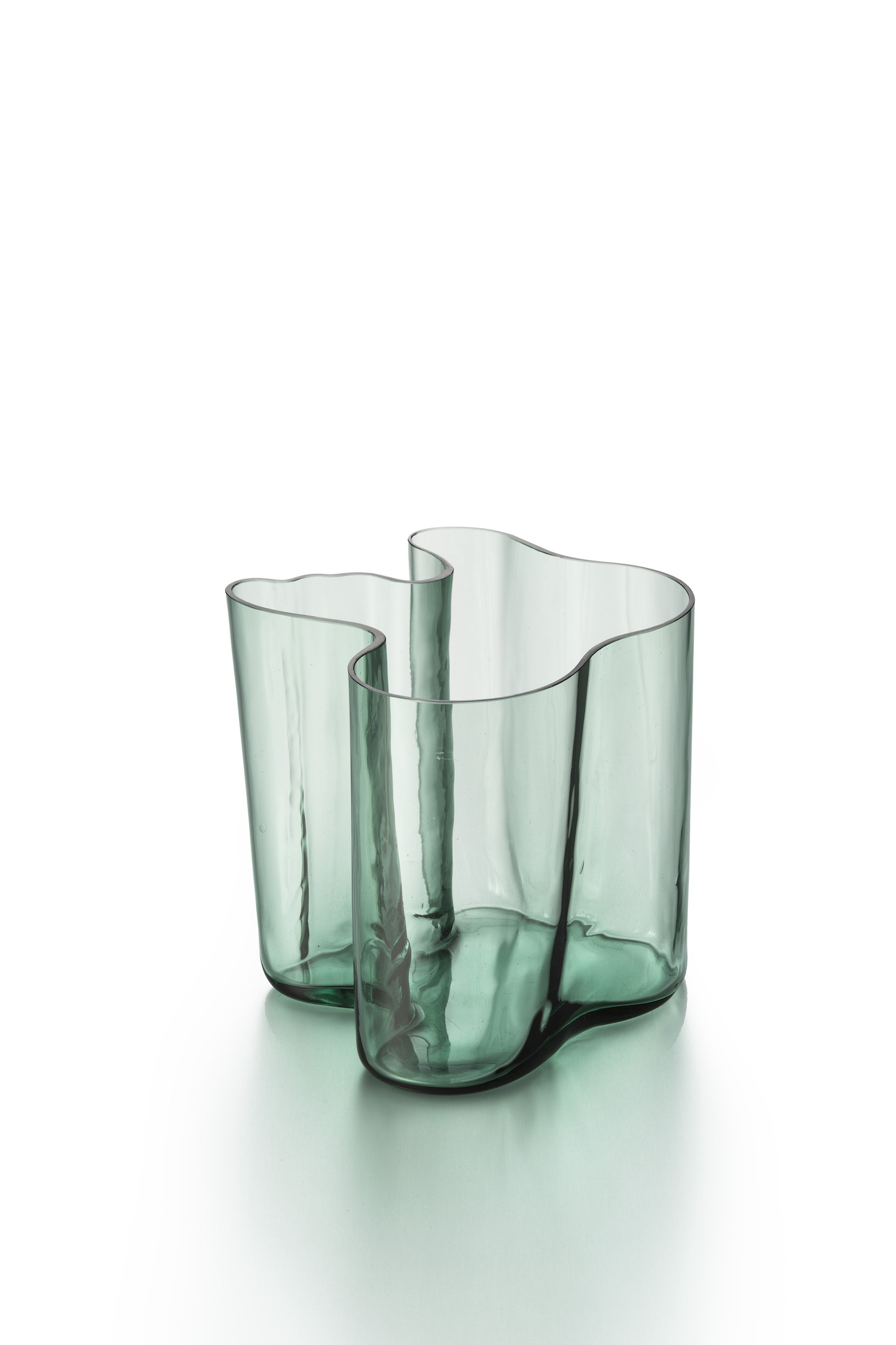 Alvar Aalto, Vase, 1937.