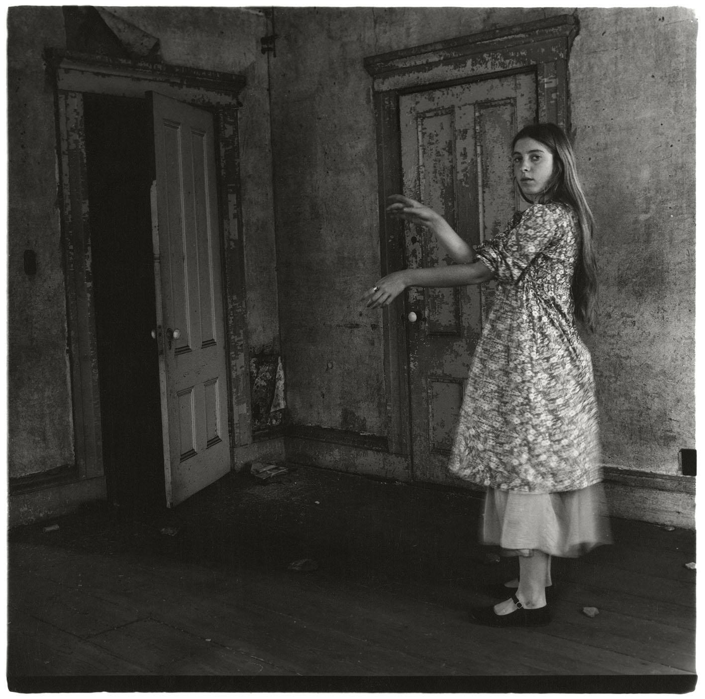 Francesca Woodman, Untitled, Providence, Rhode Island, 1975–1976. © Betty and George Woodman.