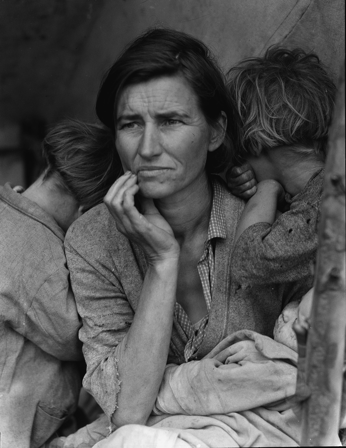 Dorothea Lange, Migrant Mother, 1936. Altro titolo: Destitute pea pickers in California. Mother of seven children. Age thirthy-two. Nipomo, California. The Library of Congress, Washington DC.