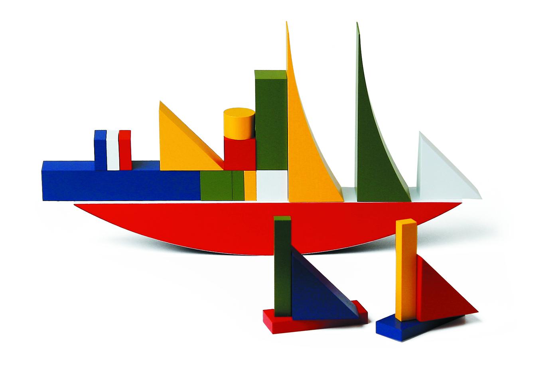 Alma Siedhoff-Buscher, Bauhaus blocks set. © Naef. Photo: Heiko Hillig.