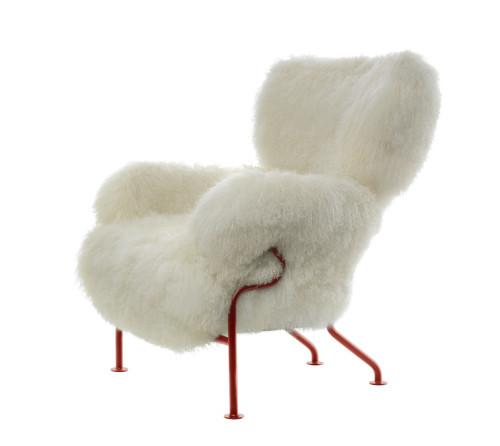 Franco Albini e Franca Helg, poltrona 836 Tre Pezzi, edizione limitata in 100 unità rivestita in pelliccia di coniglio bianco, Cassina 2011.