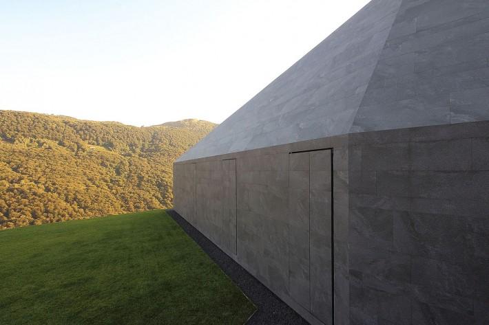Villa Montebar, Medeglia. Progetto di Jacopo Mascheroni.