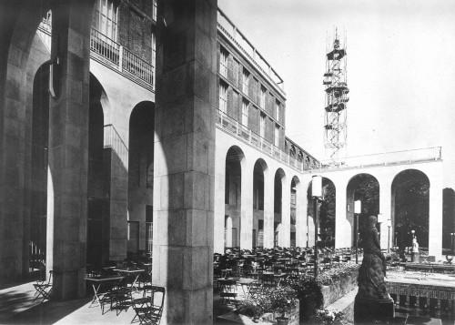 Palazzo dell'Arte, Triennale di Milano, 1932. Courtesy: Archivio Muzio.