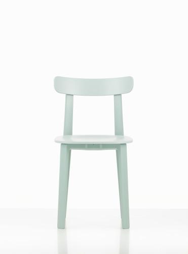 All Plastic Chair di JasperMorrison per Vitra.