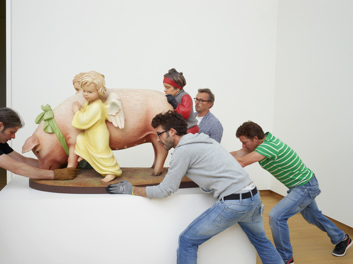 Henk Wildschut, Jeff Koons, Stedelijk Museum, Amsterdam, 2012.