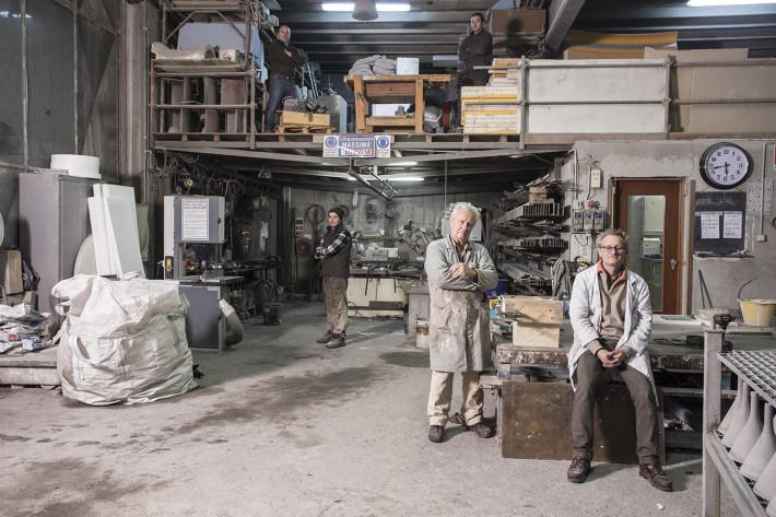 Giampiero e Carlo Piccinelli, artigiani, Creacemento.