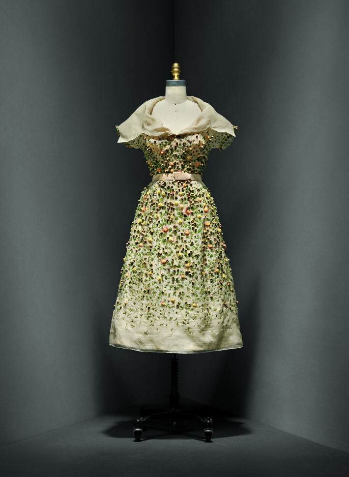 """Vilmiron"" Dress, Christian Dior, spring/summer 1952 haute couture; The Metropolitan Museum of Art, Gift of Mrs. Byron C. Foy, 1955. Courtesy: The Metropolitan Museum of Art."