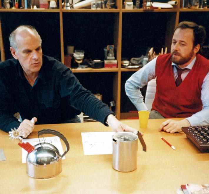 Richard Sapper con Alberto Alessi.