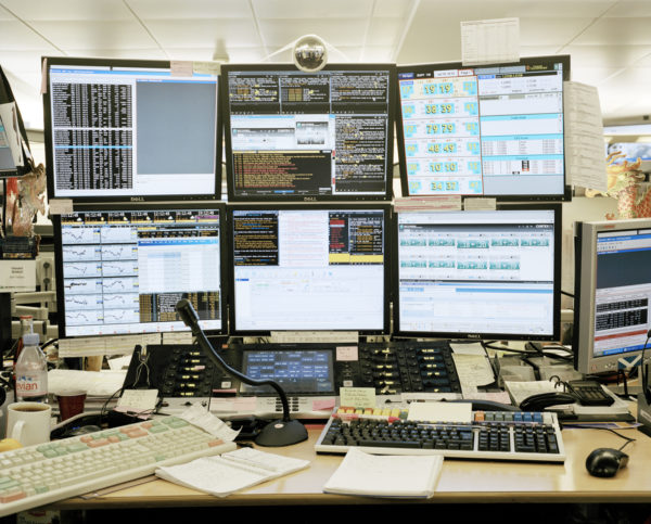 BNP Parisbas, headquarters, trading floor, Parigia, Francia, 2012. © Armin Link.