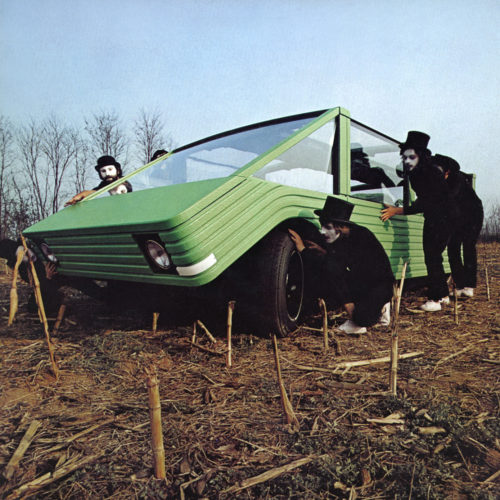 Kar-a-Sutra, spazio-mobile, concept car, progetto per la mostra del MoMA di New York Italy: the New Domestic Landscape, 1972. © Valerio Castelli, Centro Kappa.