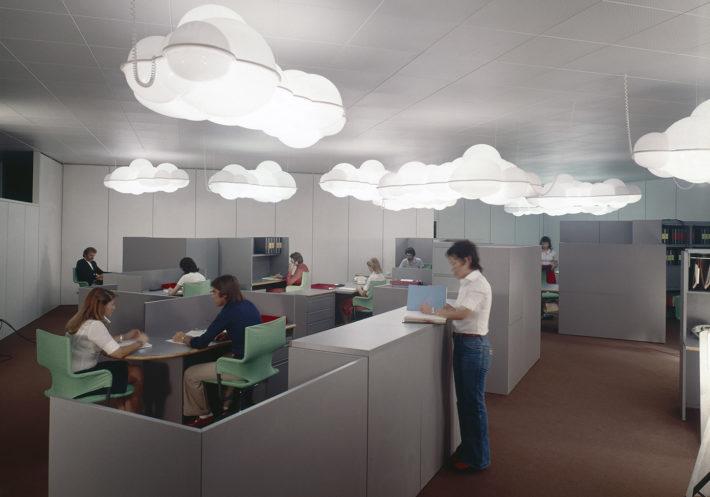 Pianeta Ufficio, design di Mario Bellini, 1974. Sistema modulare di arredo per ufficio. Foto: Gabriele Basilico.