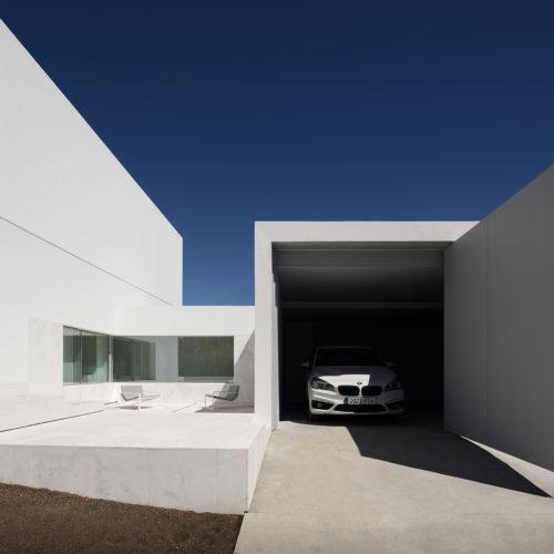 Casa entre la pinada, Paterna. Fran Silvestre Arquitectos.