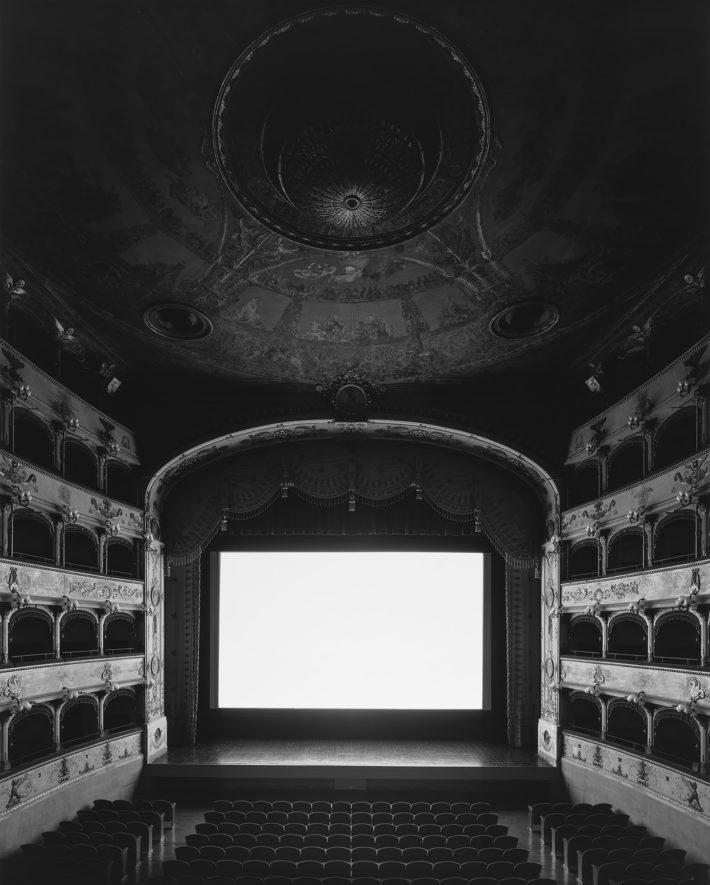 Hiroshi Sugimoto, Teatro Comunale di Ferrara, Ferrara, 2015. II Conformista (Screen side).
