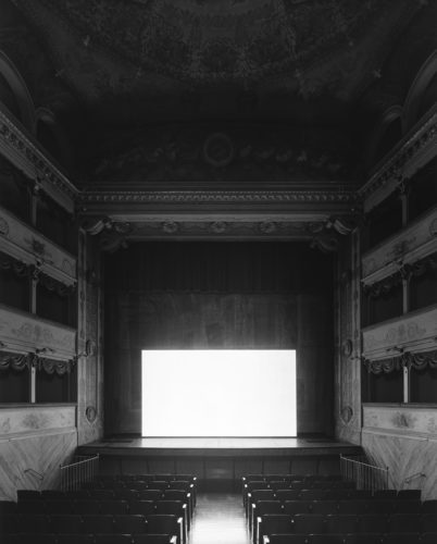 Hiroshi Sugimoto, Teatro Goldoni, Bagnacavallo, 2015. Gattopardo (Screen side).