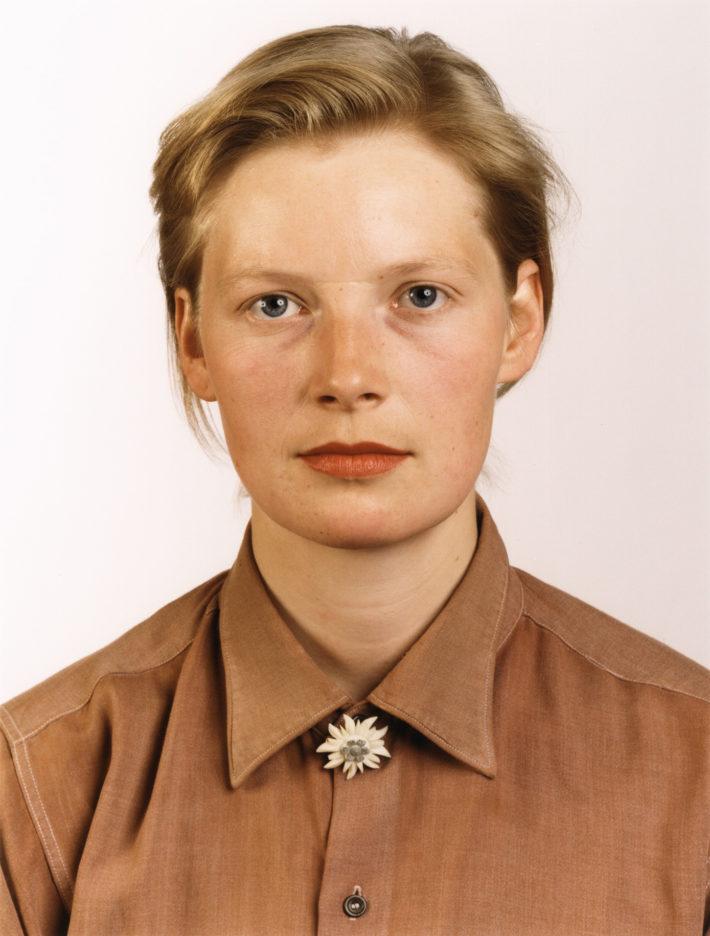 Porträt (P Stadtbäumer), 1988. © Thomas Ruff.
