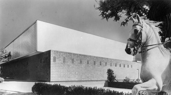 Carlo Mollino and Riccardo Moncalvo, Società Ippica Torinese, photomontage, 1941. Fondo Carlo Mollino, Archives section, Biblioteca Roberto Gabetti, Turin Polytechnic.