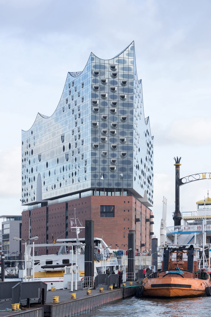 Elbphilharmonie, Amburgo, Herzog & de Meuron, progetto 2004–2014, realizzazione 2006-2016. Foto: © Iwan Baan.