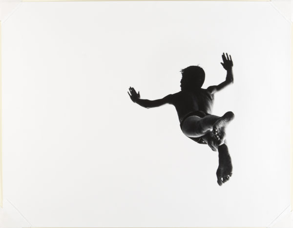 Pleasures and Terrors of Levitation #37, 1953. Foto: Aaron Siskind. © Aaron Siskind Foundation.