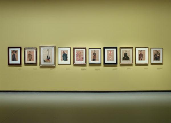 Vista della mostra Egon Schiele, Fondation Louis Vuitton, Parigi, 2018.