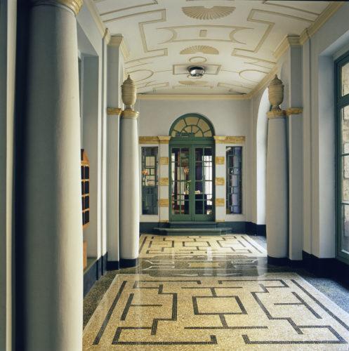 Palazzo Borletti, via San Vittore 40-42, Milano, 1928, corridoio d'ingresso, progetto di Gio Ponti ed Emilio Lancia. © Gio Ponti Archives, Milano.