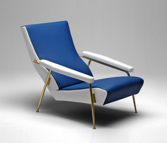 D.153.1 armchair, structure in satin-finished brass, conceived by Gio Ponti in 1953 for his home on Via Dezza, in Milan, and brought out again by Molteni&C in 2012. © Molteni Museum.