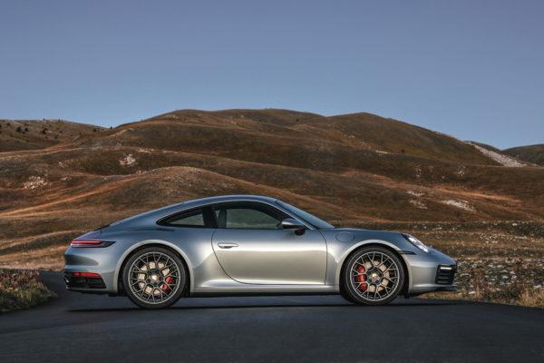 Nuova Porsche 911
