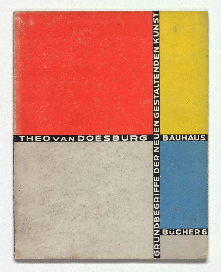 Theo van Doesburg, Grundbegriffe der neuen gestaltenden Kunst (n. 6 della serie Bauhausbücher), grafica Theo van Doesburg, 1925. Collezione privata, Paesi Bassi.