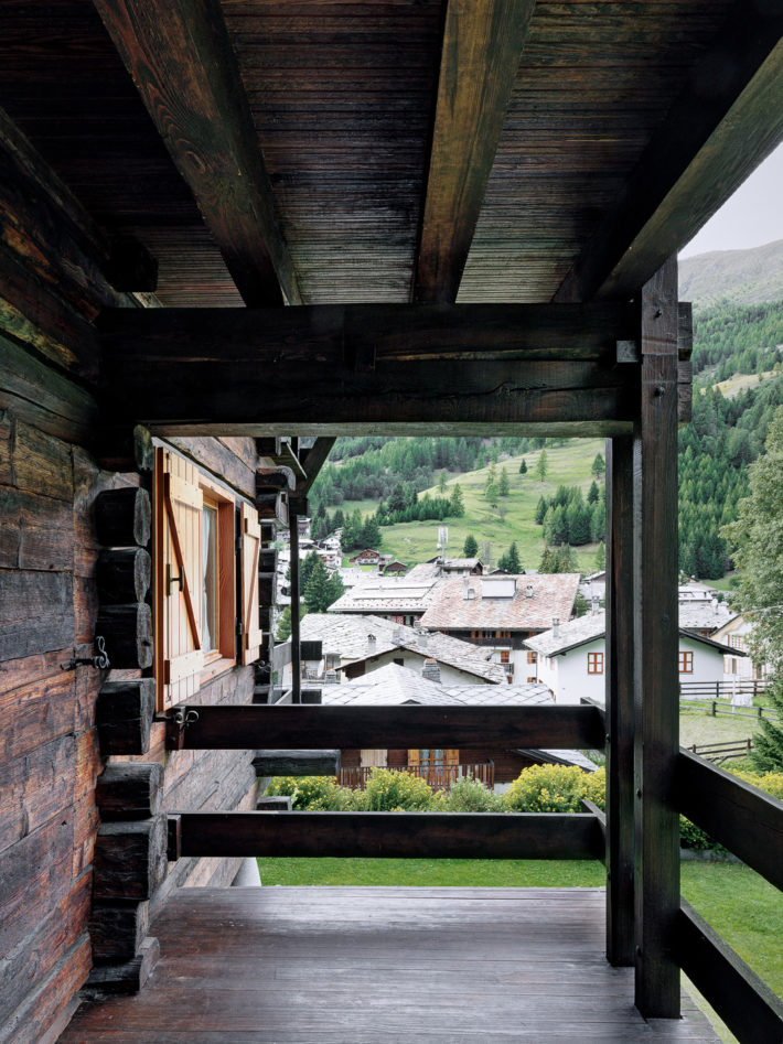 Scorcio del balcone a nord. Foto: © Marcello Mariana.