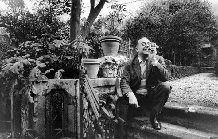 Renato Guttuso a Salita del Grillo, Roma, 1964. Foto: Paolo Di Paolo, © Archivio Paolo Di Paolo.