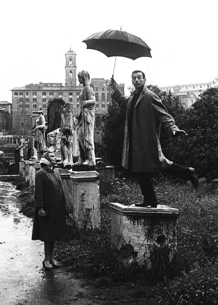Simone Signoret e Yves Montand, Roma, Aventino, 1956. Foto: Paolo Di Paolo, © Archivio Paolo Di Paolo.