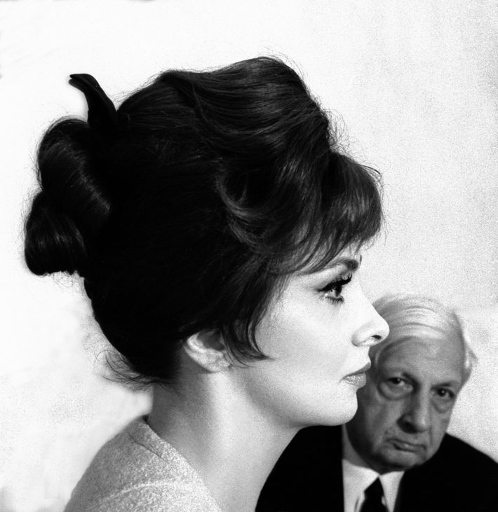 Gina Lollobrigida and Giorgio de Chirico, Rome, 1961. Photo: Paolo Di Paolo, © Archivio Paolo Di Paolo, Courtesy MAXXI Photography Collection.