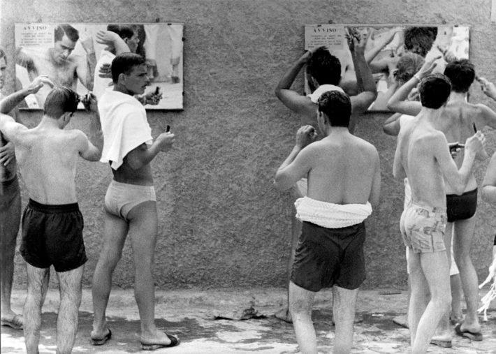 Lido di Corollo, Napoli, 1959. Foto: Paolo Di Paolo, © Archivio Paolo Di Paolo.
