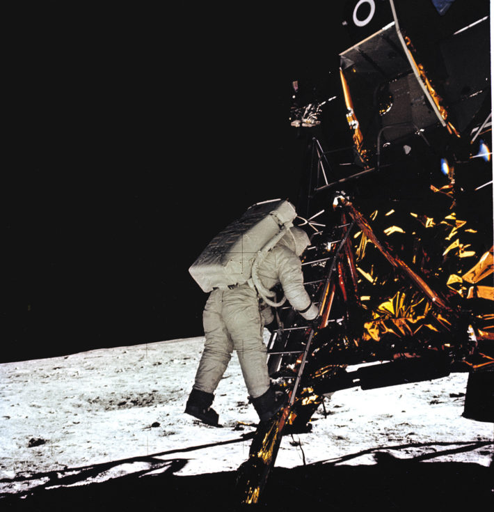 The Eagle lunar module landing on the moon, July 20, 1969. Photo: © NASA.