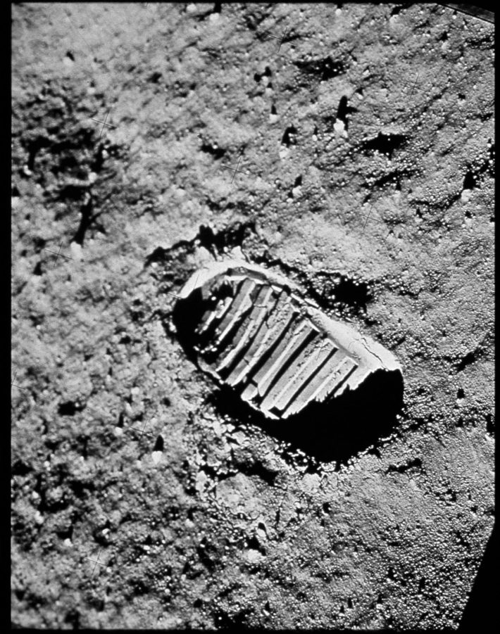The first footprint on the moon, July 20, 1969. Photo: © NASA.