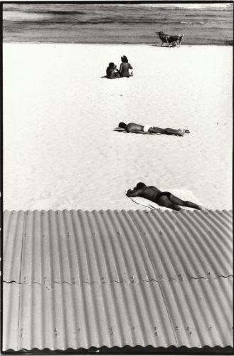 Ostia, 1960. Foto: Giuseppe Loy, © Archivio Giuseppe Loy.